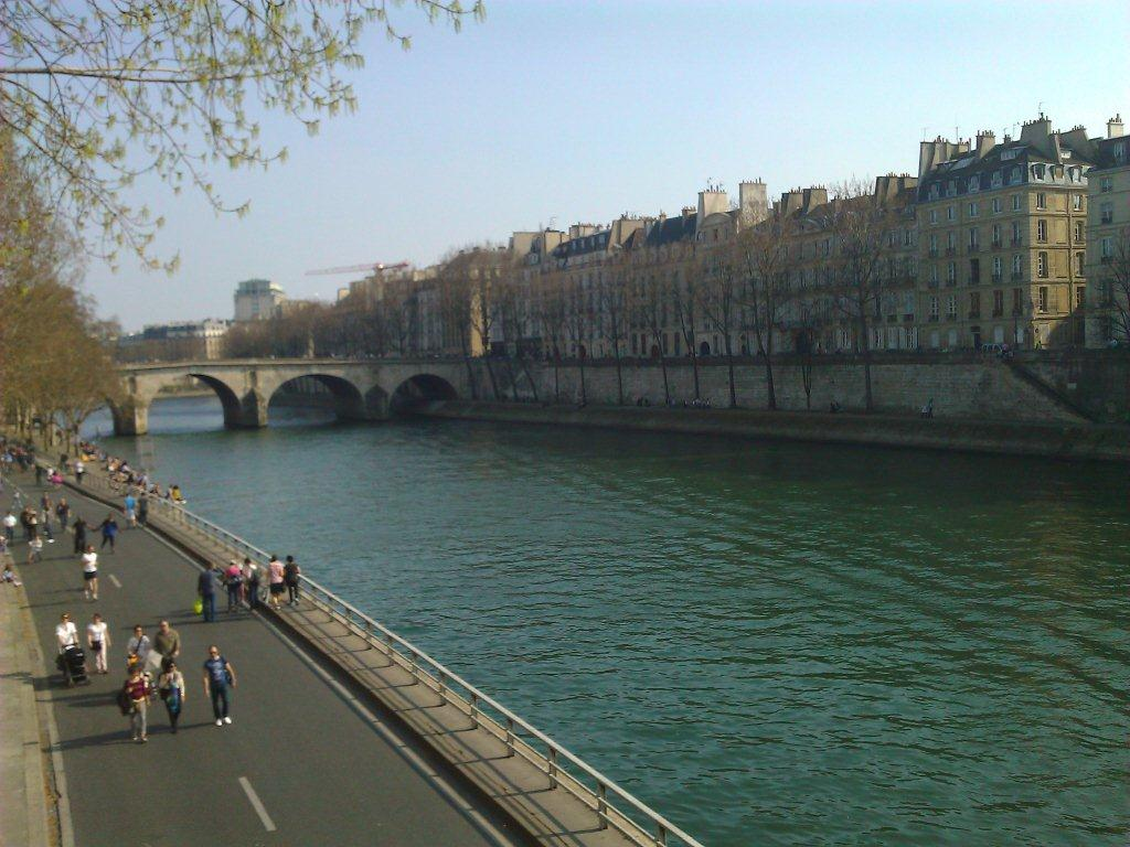 Haftasonu Paris