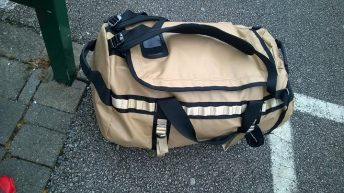 TNF DUFFLE BAG (2)